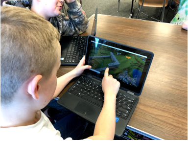 Students Learning Through Minecraft